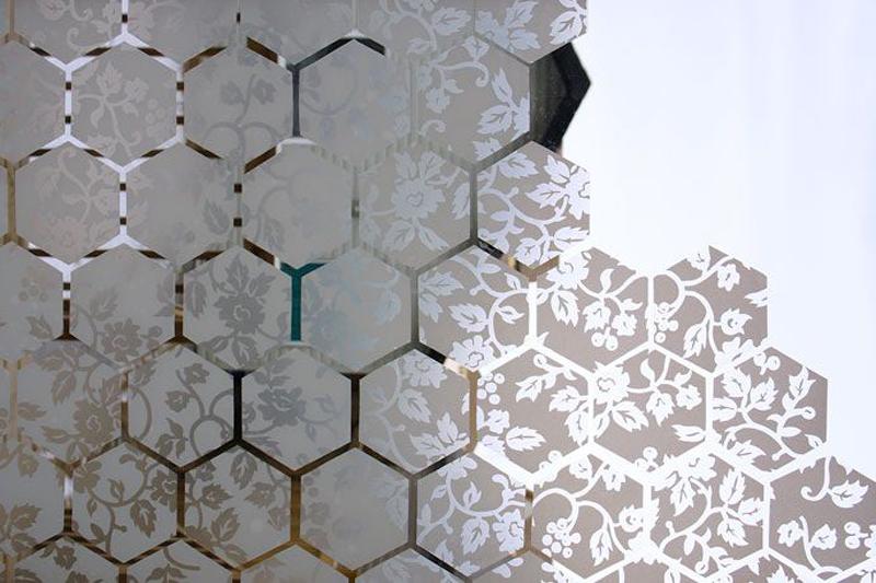 Lavorazioni in vetro a Roma per porte, pareti e arredo